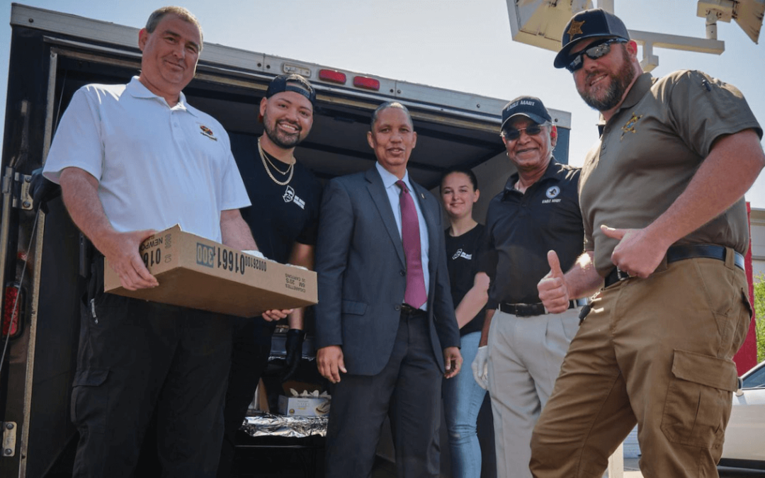 Eagle Mart Owner Buys 400 Lunches for First Responders